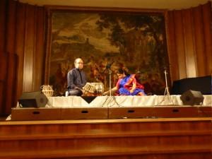 Indisch Künstler auf Bühne BI 150311