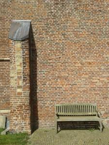 Texel Kirchenwand Bank
