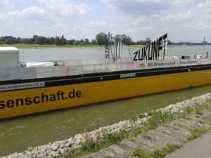 Düss Rhein b 15-06-25