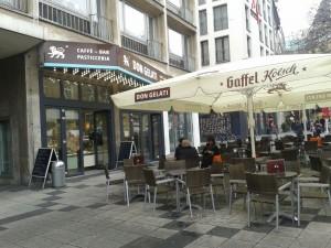 Köln W Carlton Café 20151222_110947
